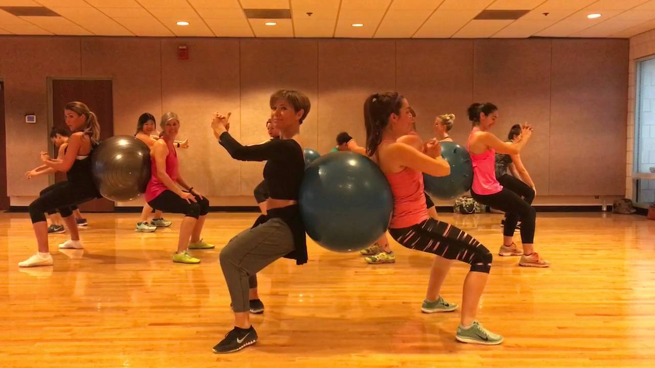 Exs And Ohs Elle King Partner Workout With Stability Ball Dance Fitness Valeo Club Youtube