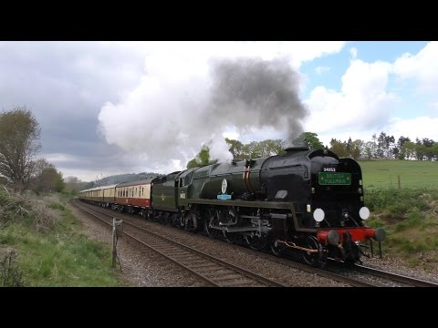 34052 Lord Dowding on the British Pullman - 4K