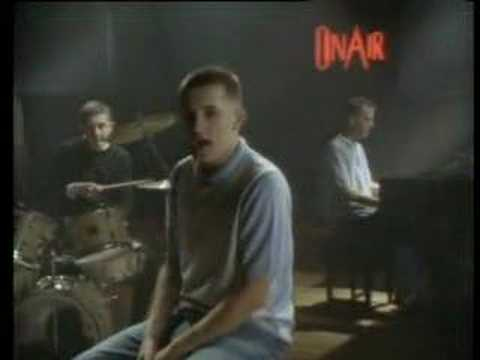 The Housemartins - Think For A Minute