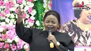 Rev  Dr  Lucy Natasha afanya maombi kwa watu wanalioibia nyota zako. Jiunganishe na maombi haya