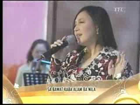 Sharon sings DEAR HEART