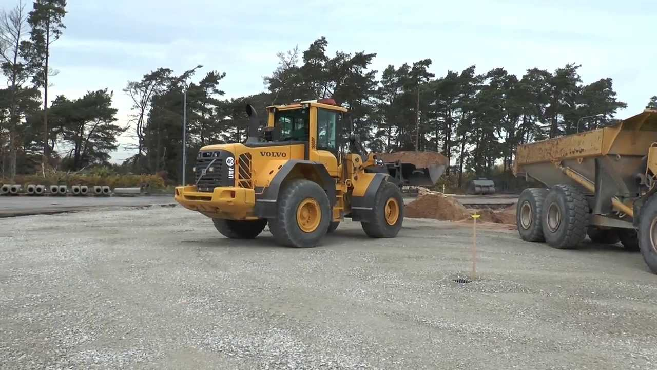 Volvo Bm A25c Dumper Gets Loaded By Volvo L110f Wheel