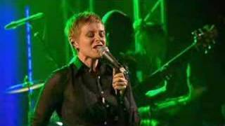 Download Lisa Stansfield (15/17) - Never Never Gonna Give You Up Mp3 and Videos