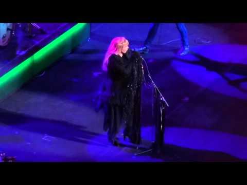 """Fleetwood Mac """"Rhiannon"""" Amway Center, Orlando, FL - 3/23/15"""