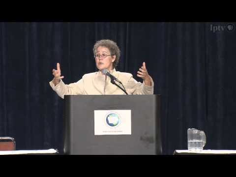 Stanford University Professor, Linda Darling-Hammond at Iowa Education Summit