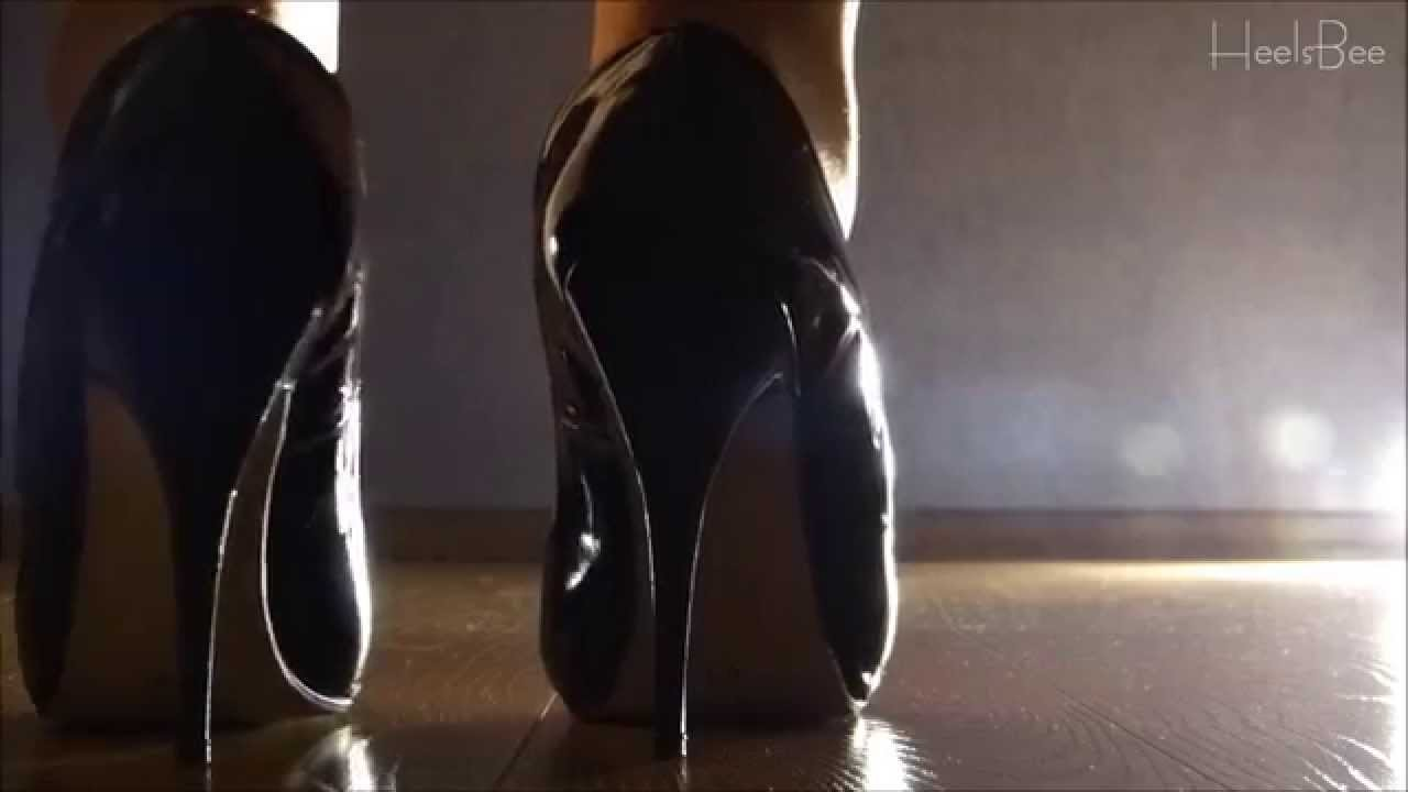 The Sound of High Heels #10 - Backlight