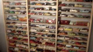 DINKY TOYS AND MORE.......LOOK AT THIS LARGE DIECAST COLLECTION