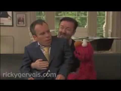 Ricky Gervais met Elmo en Warwick Davis