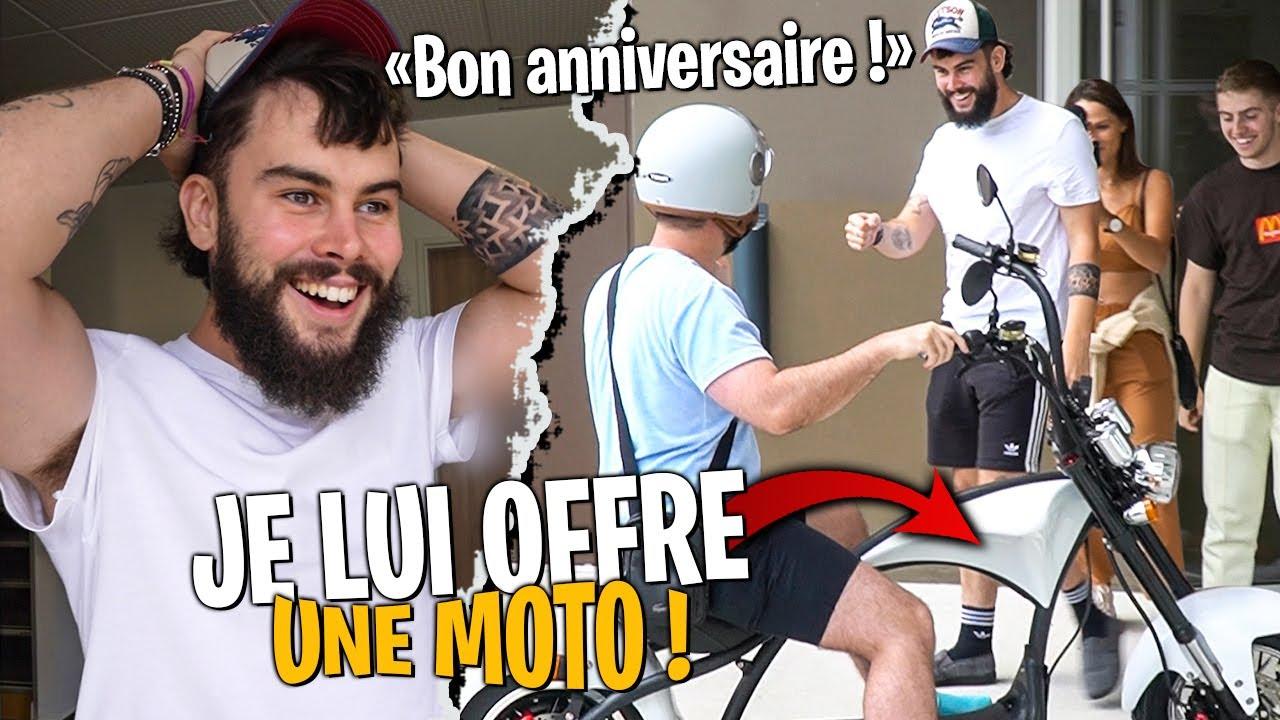 J'offre une Moto à Bouzi pour son Anniversaire ! (il est choqué)