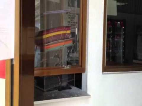 Tirotearon a hombre en una taquilla de pago en Maracaibo Videos De Viajes