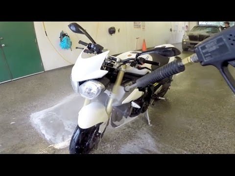 Motorcycle washing at the car wash youtube solutioingenieria Image collections
