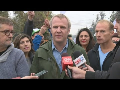 Felipe Kast emplazó a Ossandón a debatir en CNN Chile: