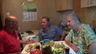 Смотреть видео Навальный, пенсии, налоги, маразм, преемник Путина | Кухонная политика, 30 июня 2018 онлайн