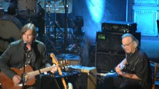 "Jackson Browne and friends perform ""Fountain of Sorrow"""