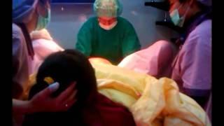 20110116小baby弟弟快出來了 很感謝護士一直替我加油 醫生人很好 thumbnail