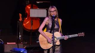 2017-10-26 Aimee Mann - Stuck In The Past