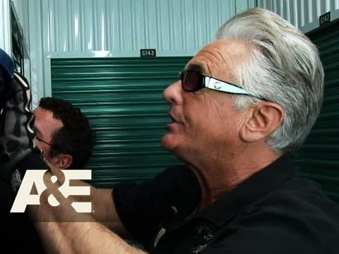 Storage Wars: Barry's Locker Full of Antiques | A&E
