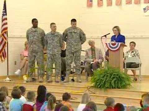 Local Students Meet Soldier Pen Pals - YouTube