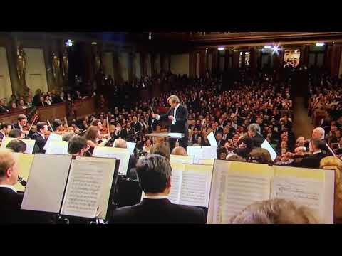 """[2009 Live] Tchaikovsky : """"Spanish Dance"""" - Swan Lake Fedoseyev & Tchaikovsky Symphony Orchestra"""