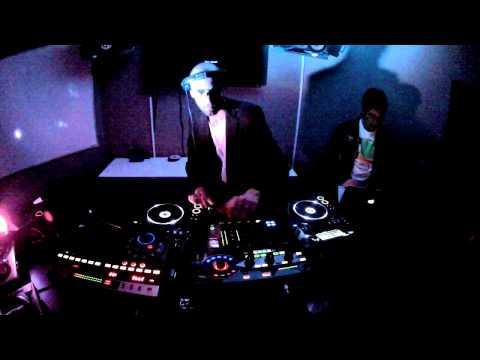Dj Mateus B - Pioneer RMX 1000, EFX 1000, CDJ 2000, DJM 800 (First Remix Station Test!)