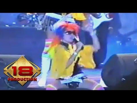 Dangdut - Pelangi (Live Konser Pasuruan 18 Februari 2006)