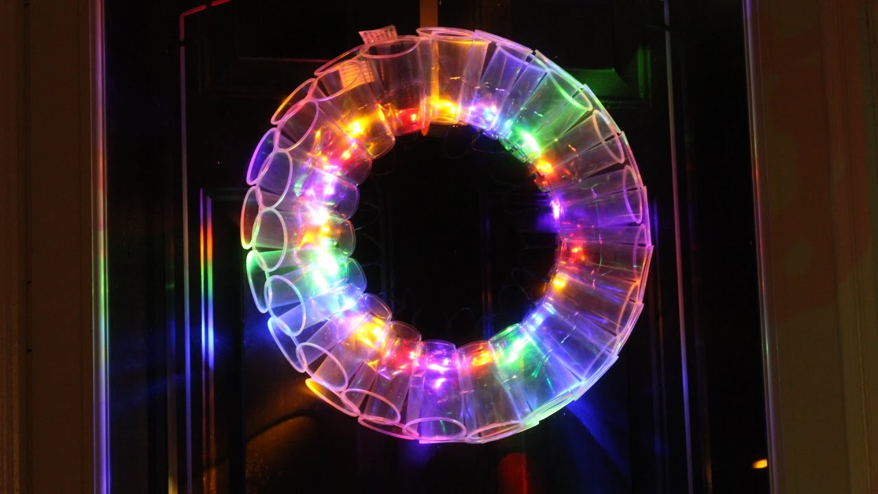 DIY PLASTIC CUP LED WREATH | FUN CHRISTMAS PROJECTS - YouTube