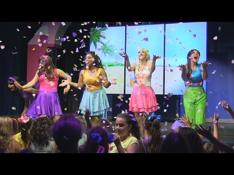 Lego Friends to the Rescue - Full Show at Legoland Florida Resort