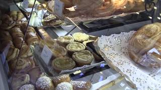 The Local Way Paris—Baguettes & Boulangeries