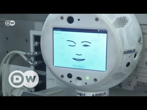 Robot in space: Alexander Gerst and CIMON head for the ISS | DW English