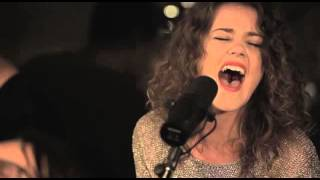 Hillsong United - Oceans Where Feet My Fail [Zion Acoustic Sessions] (Live)
