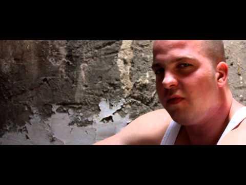 Wanted Razo & Paja-G & C-zár - Göröngyös utakon (Official Music Video)