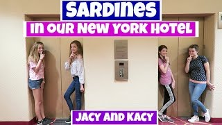 One of JacyandKacy's most viewed videos: SARDINES IN OUR NEW YORK HOTEL  ~ Jacy and Kacy