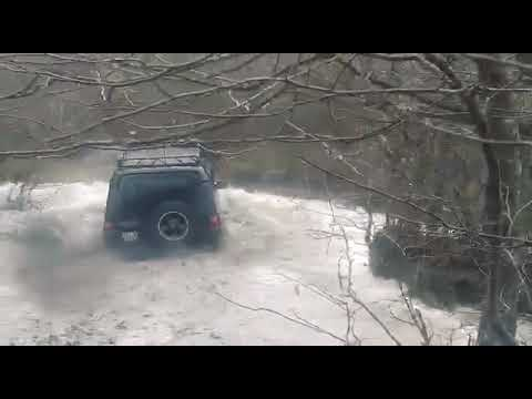300 tdi Land rover Discovery offroad mud water pass diesel power discovery extreme