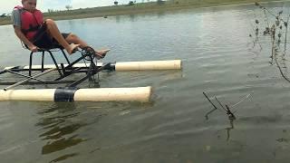 Pedalinho caseiro no rio grande testando