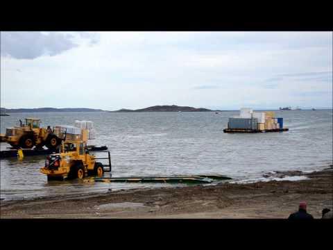 Iqaluit Sealift 2012