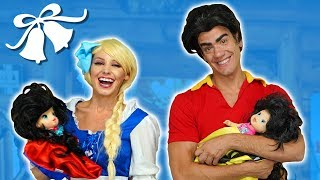 Baixar WILL FROZEN ELSA MARRY GASTON? Or Will It Be Belle? Totally TV Parody.