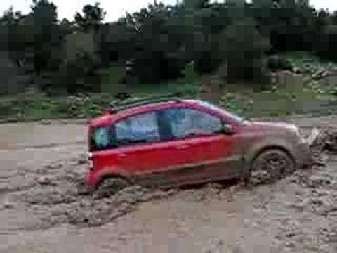 fiat panda 4x4 mountain play youtube. Black Bedroom Furniture Sets. Home Design Ideas