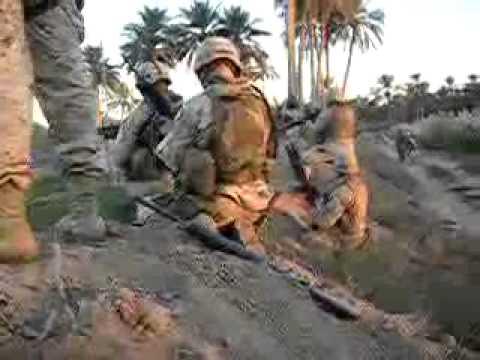 US Marines fight off insurgents in Iraq (Raw Footage)
