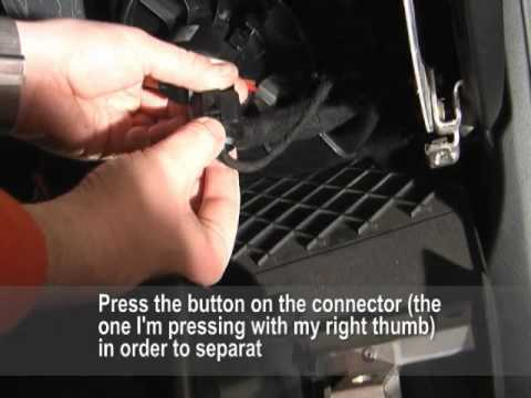 Audi A6 Allroad C5 - How to fix squeaking HVAC Fan / How to remove the Glove Box