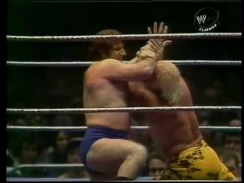 Superstar Graham vs. Bruno Sammartino1975 MSG