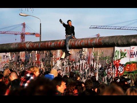 Ronald Reagan - Tear down This Wall 1987 and The Fall of The Berlin Wall November 9 1989