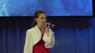 """Елена Золотарёва """"А снег идёт"""" (И все вокруг чего-то ждет)"""