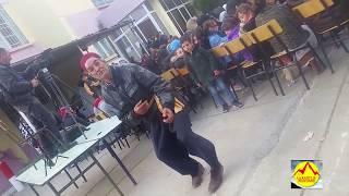 Mhenni Kouche danse