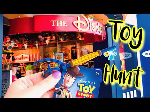 toy-hunt-at-disney-store-&-box-lunch!!-woody-key-release,-new-merchandise,-&-haul!!