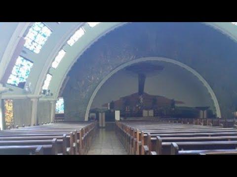 Silêncio de adoração na Igreja São Carlos Borromeu - Conselheiro Cotegipe no Belenzinho zona leste