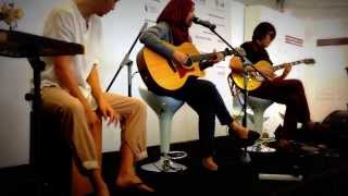 SEYRA - Jauh (live at Singapore Writers Festival 2013)