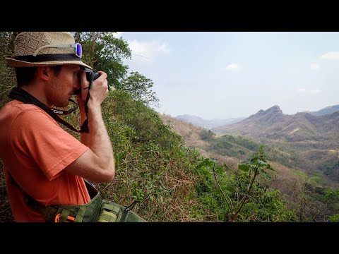 Discover El Salvador // Friends With Strangers + Jungle Cliff Jumping!!
