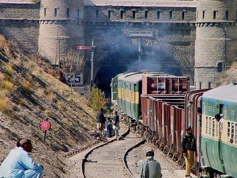 quetta  journey in train tunnal view