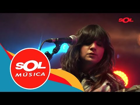 """Joana Serrat """"Solitary road""""   Directo a Solas Sol Música"""