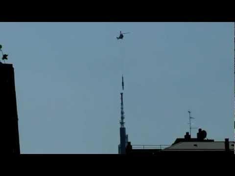 Antenna installation on Cesar Pelli Milano building
